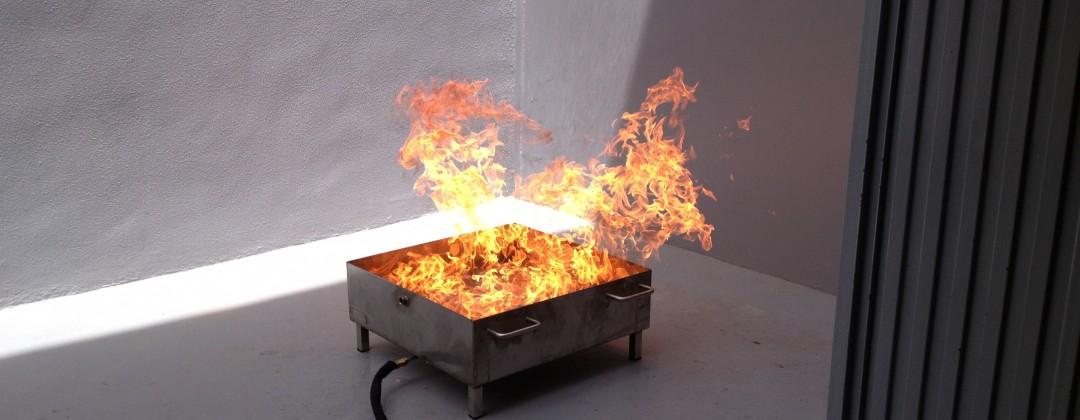 bandeja prácticas contra incendios